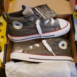 Converse Chuck Taylor All Star Mid Sneaker